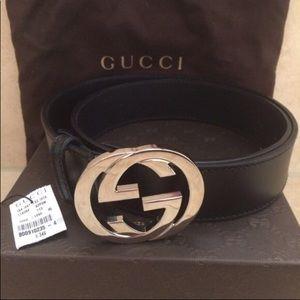 5a643cd7869c3 gucci Accessories - Gucci belt gold and black